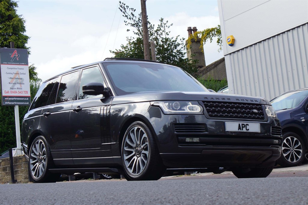 used Land Rover Range Rover SD V8 Vogue Auto 4WD 5dr in west-yorkshire