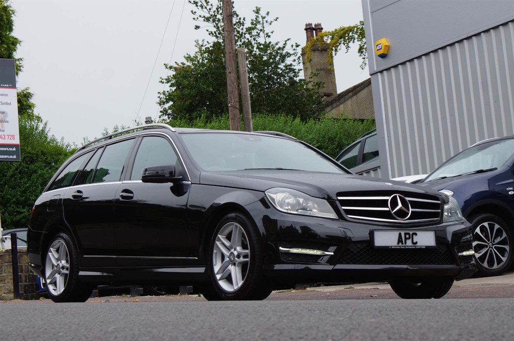 used Mercedes C220 C Class CDI AMG Sport Edition (Premium Plus) 7G-Tronic Plus 5dr in west-yorkshire