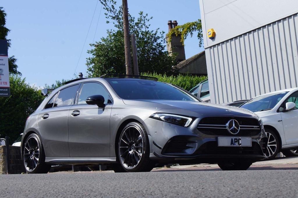 used Mercedes  A Class A35 AMG (Premium Plus) SpdS DCT 4MATIC (s/s) 5dr in west-yorkshire
