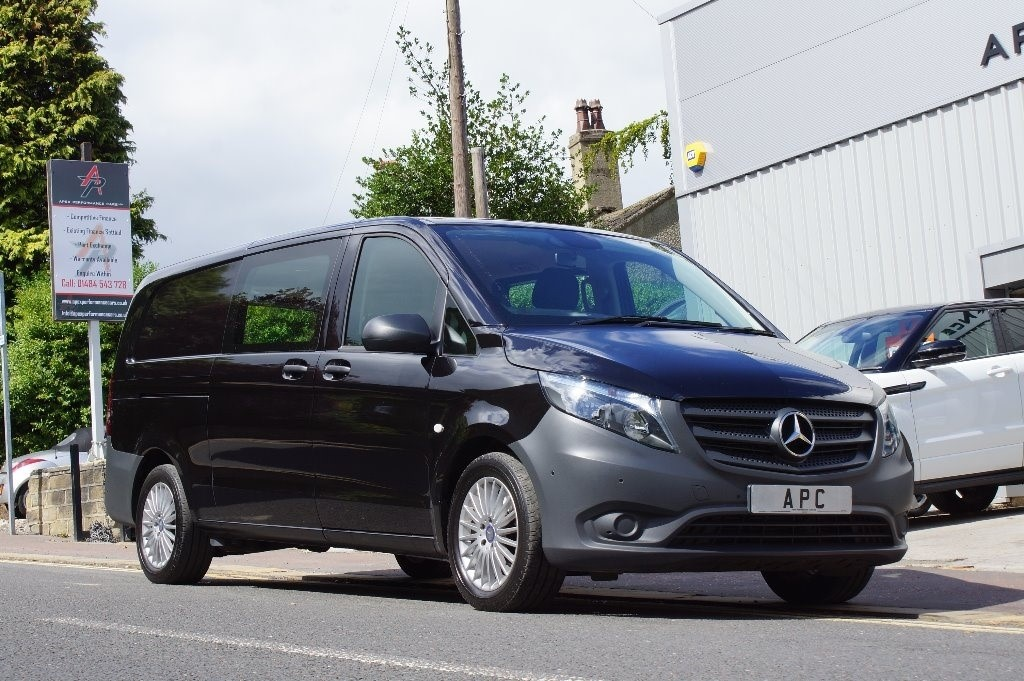 used Mercedes Vito 119CDI Compact Crewcab Van 7G-Tronic 5dr (EU6) in west-yorkshire