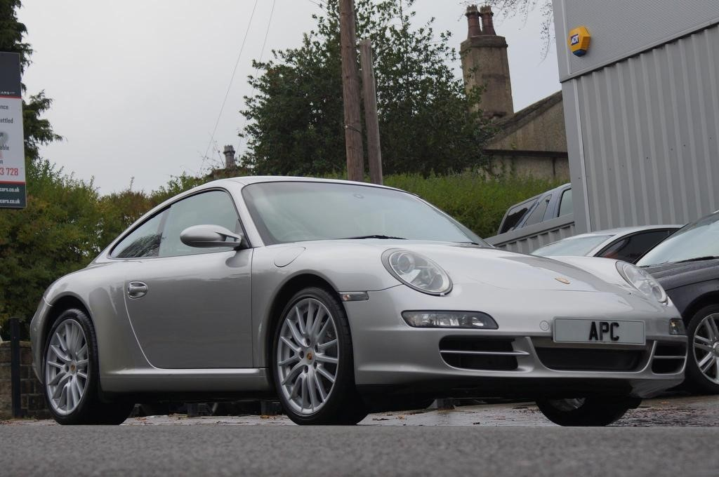 used Porsche 911 997 Carrera 2dr in west-yorkshire