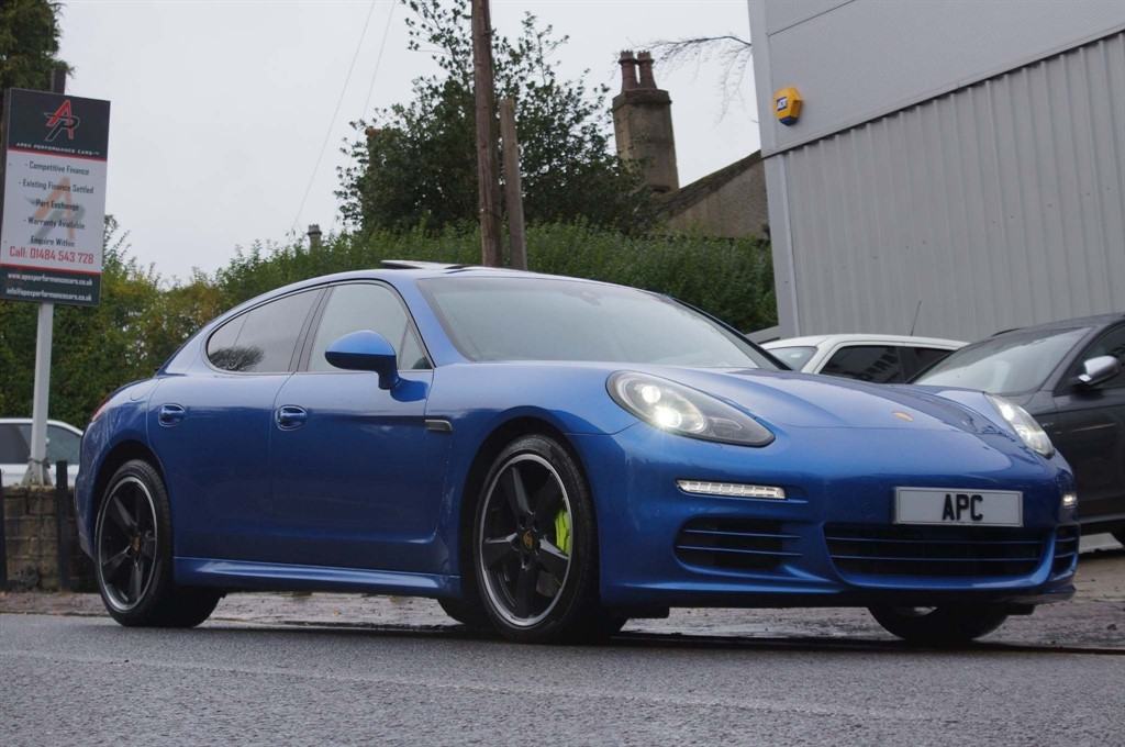 used Porsche Panamera E-Hybrid V6 S Tiptronic 5dr in west-yorkshire