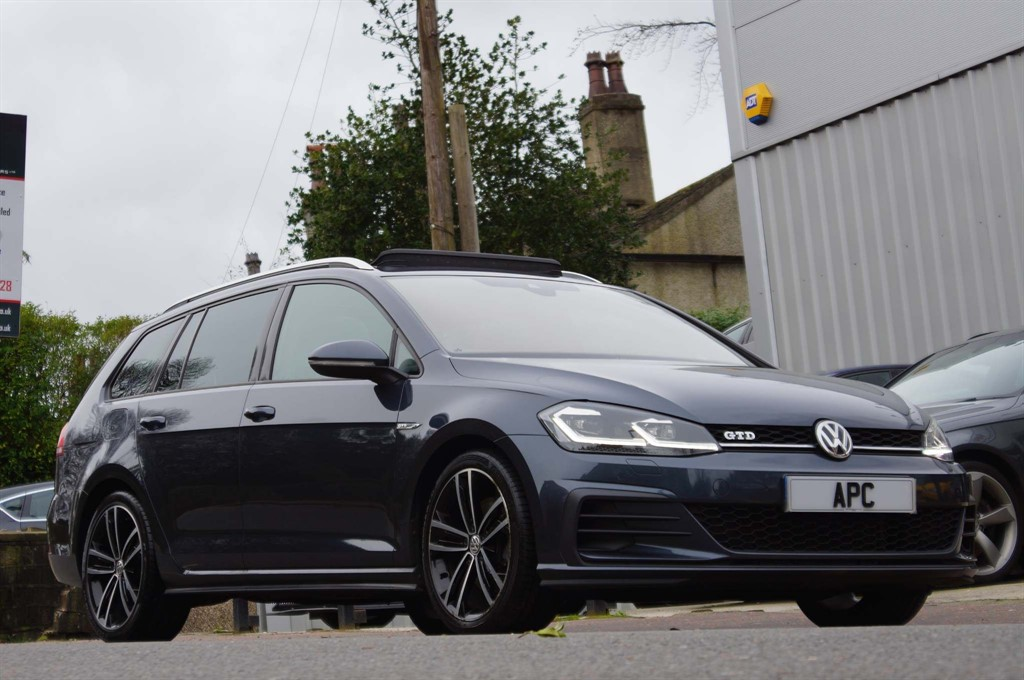 used VW Golf BlueMotion Tech GTD DSG (s/s) in west-yorkshire