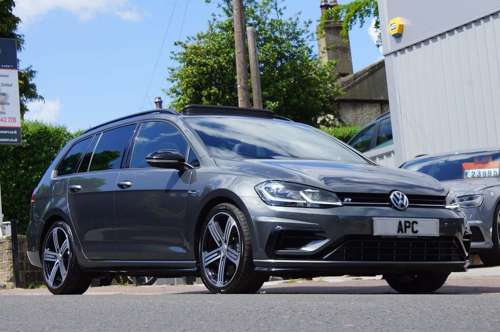 used VW Golf TSI R DSG 4Motion (s/s) 5dr in west-yorkshire