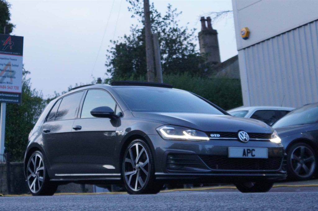 used VW Golf TDI BlueMotion Tech GTD DSG (s/s) 5dr in west-yorkshire