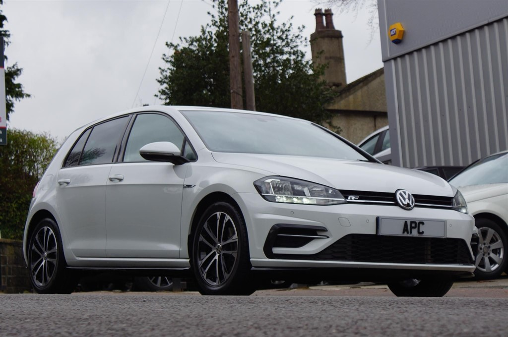 used VW Golf TDI R-Line Hatchback DSG (s/s) 5dr in west-yorkshire