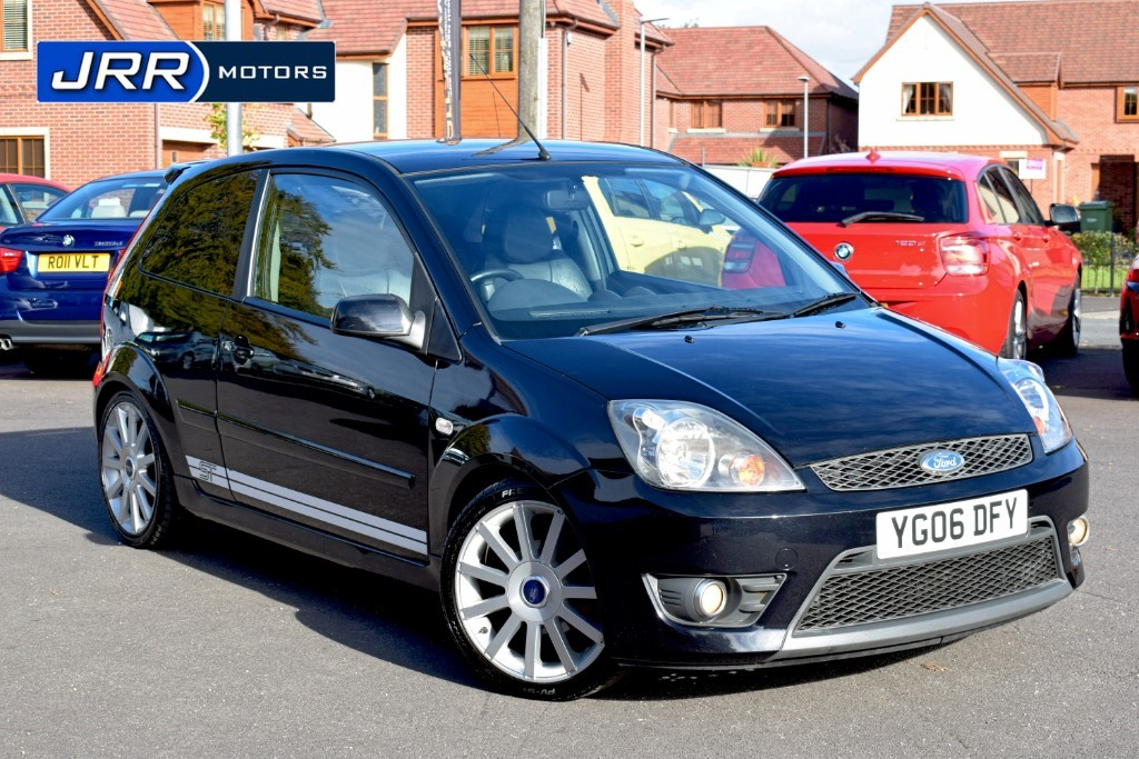used Ford Fiesta ZETEC S 16V in chorley-lancashire