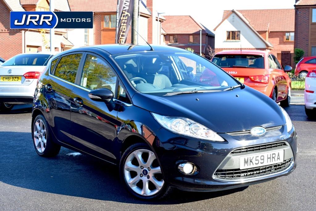 used Ford Fiesta TITANIUM in chorley-lancashire
