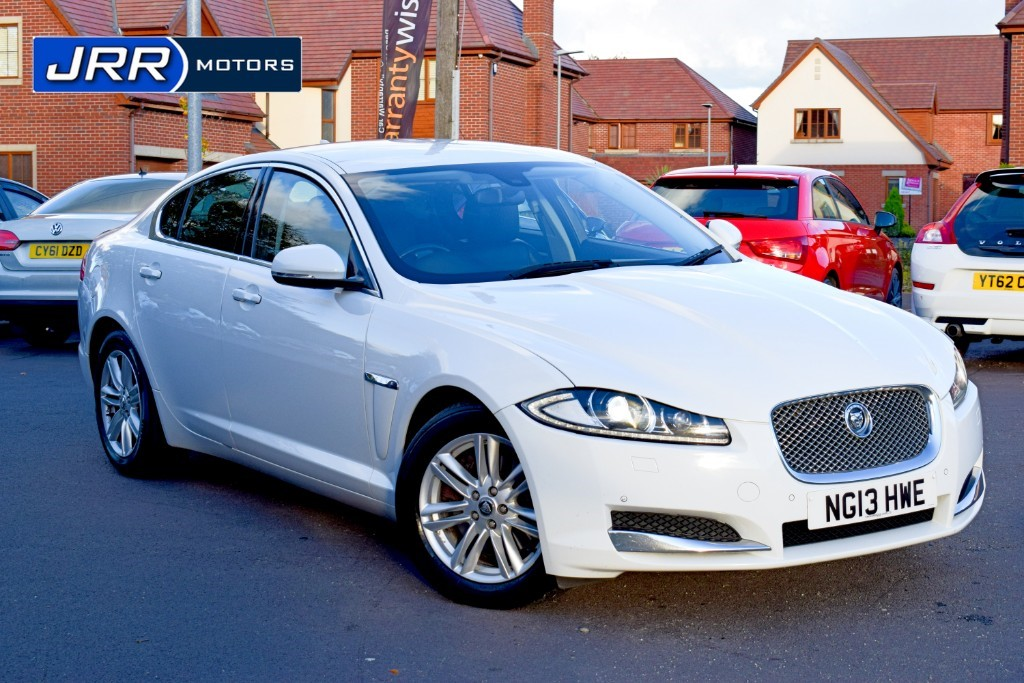 used Jaguar XF D LUXURY in chorley-lancashire