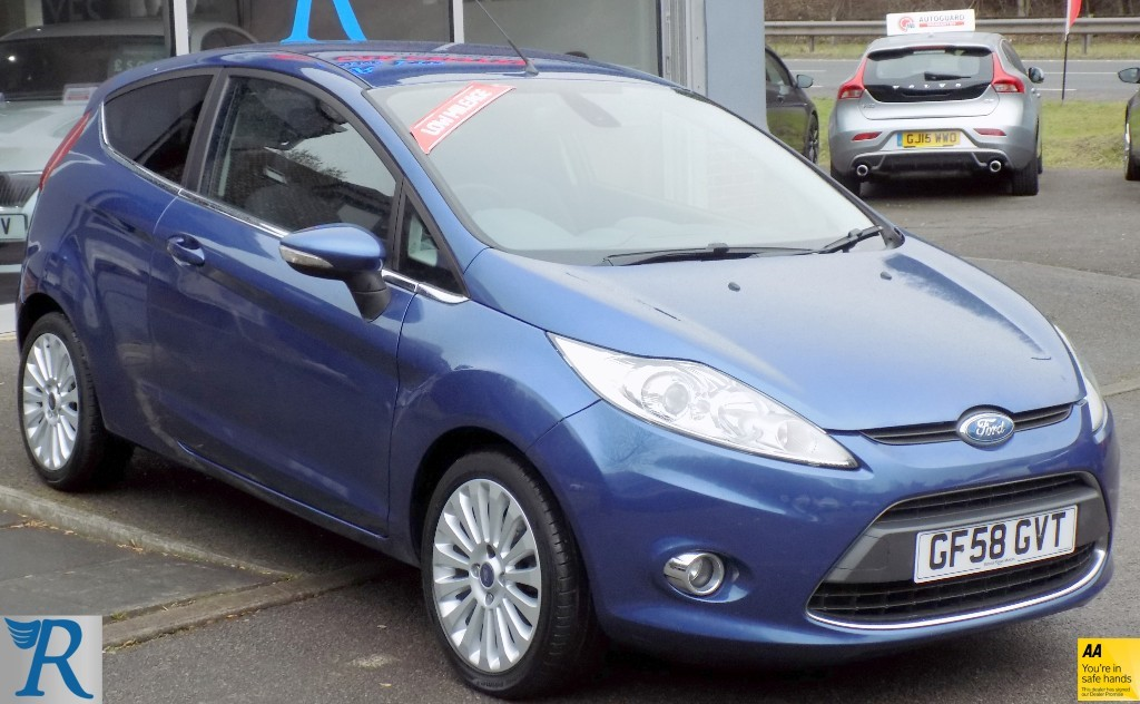 used Ford Fiesta TITANIUM in sittingbourne-kent
