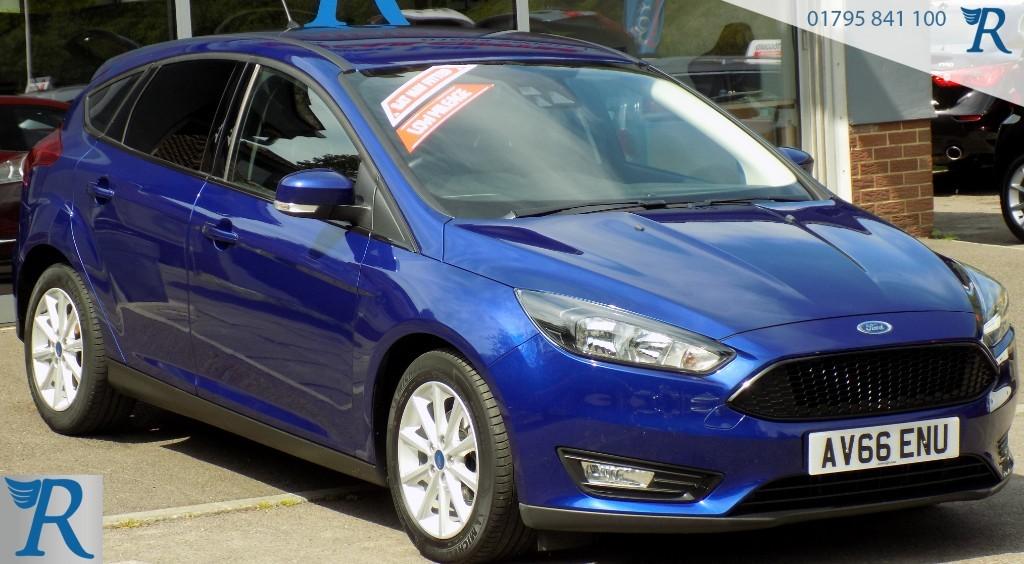 used Ford Focus TITANIUM in sittingbourne-kent