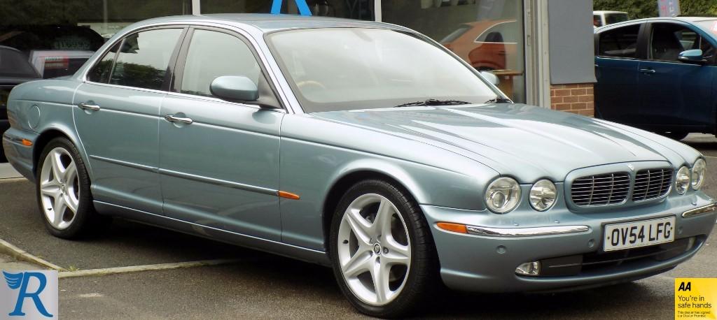 used Jaguar XJ V8 SE in sittingbourne-kent