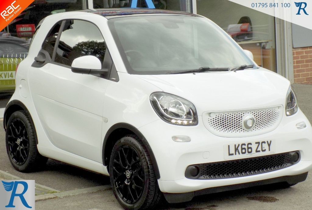 used Smart Car Fortwo Coupe EDITION WHITE in sittingbourne-kent