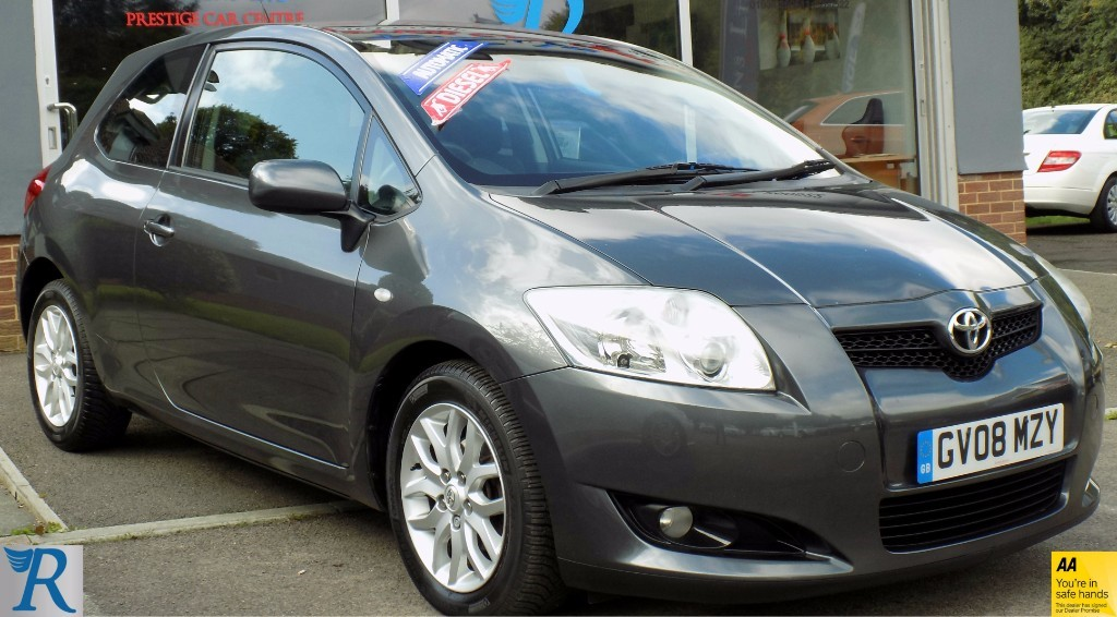 used Toyota Auris T3 D-4D MMT in sittingbourne-kent