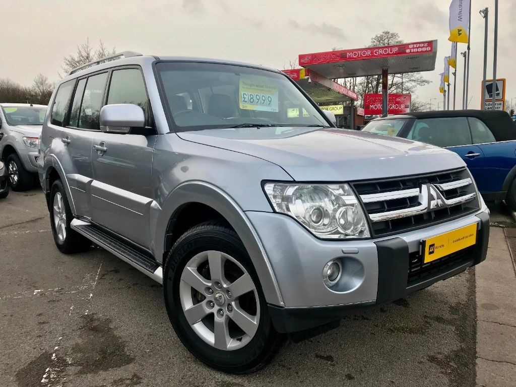 used Mitsubishi Shogun GLS ELEGANCE LWB DI-D in neath-south-wales