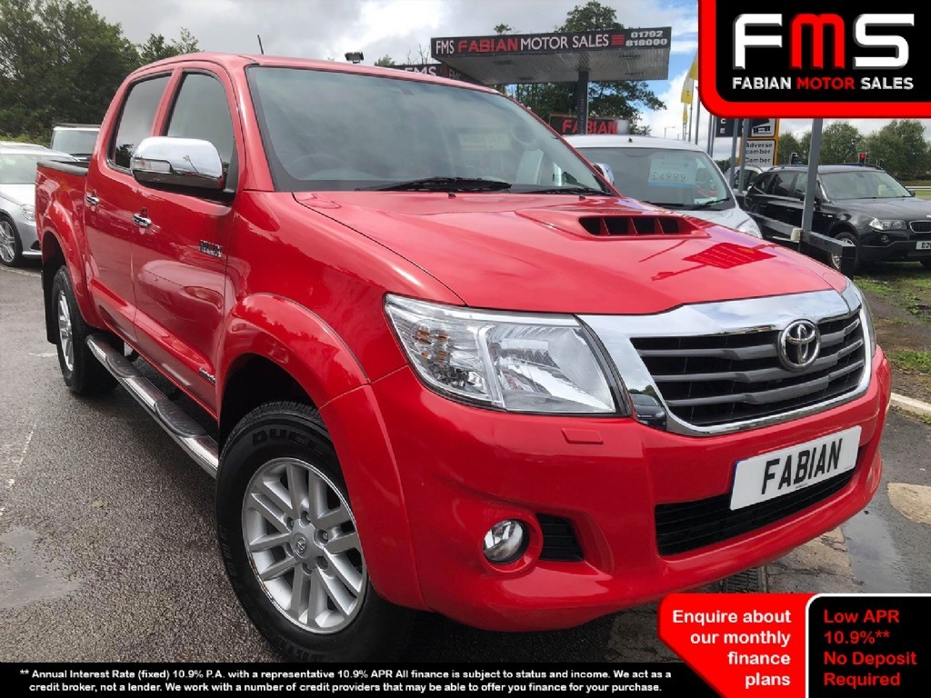 used Toyota Hilux HI-LUX INVINCIBLE 4X4 D-4D DCB in neath-south-wales