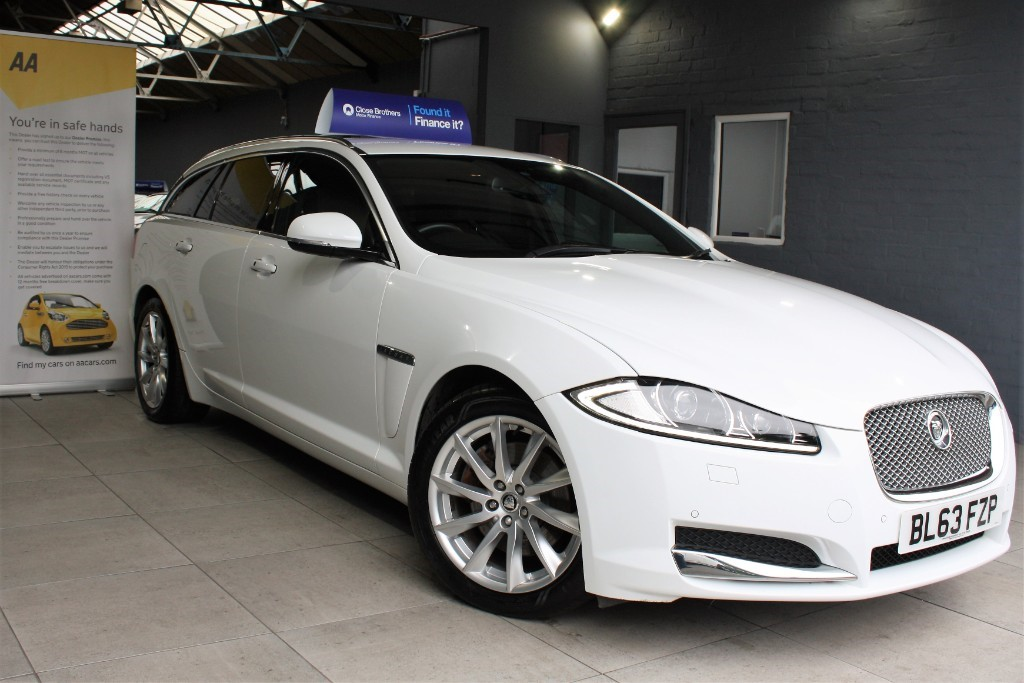 used Jaguar XF LUXURY SPORTBRAKE in staffordshire