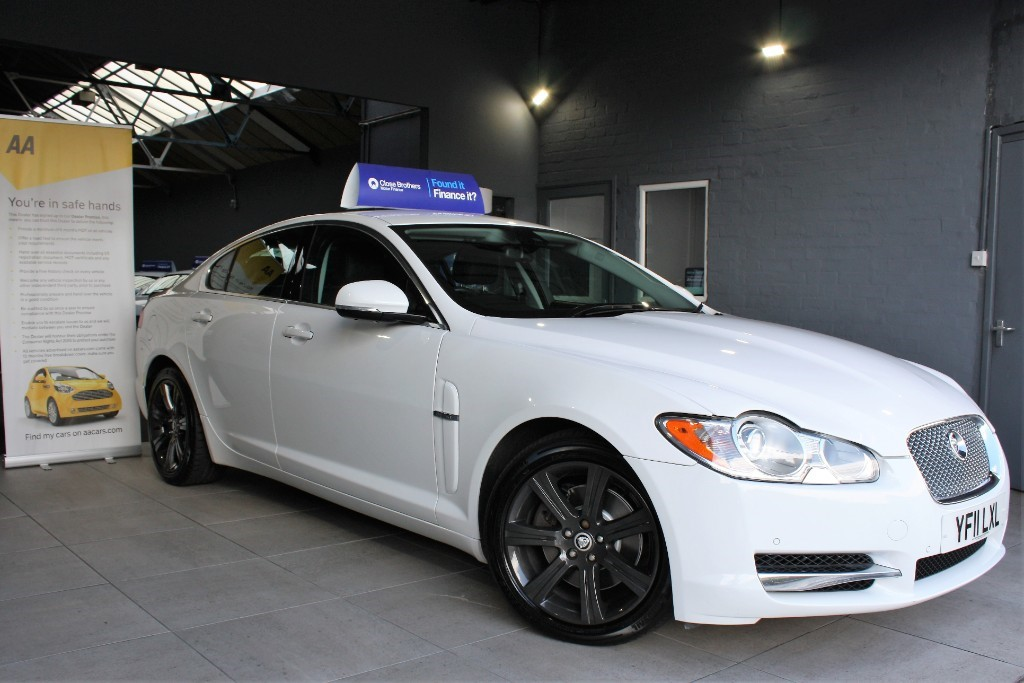 used Jaguar XF V6 LUXURY in staffordshire