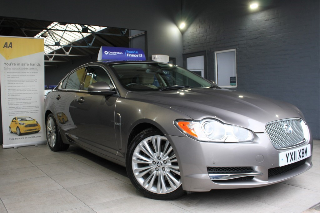 used Jaguar XF V6 PREMIUM LUXURY in staffordshire