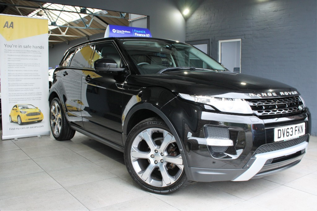 used Land Rover Range Rover Evoque SD4 DYNAMIC LUX in staffordshire