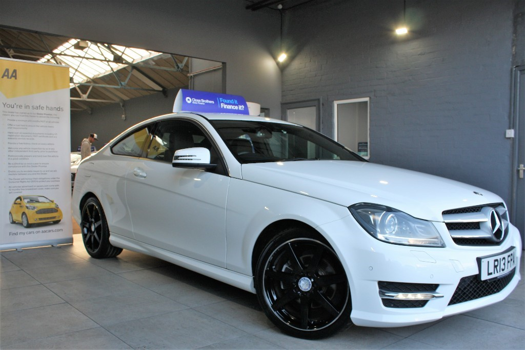 used Mercedes C220 CDI BLUEEFFICIENCY AMG SPORT in staffordshire