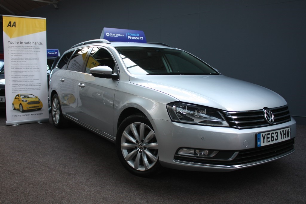 used VW Passat HIGHLINE TDI BLUEMOTION TECHNOLOGY in staffordshire