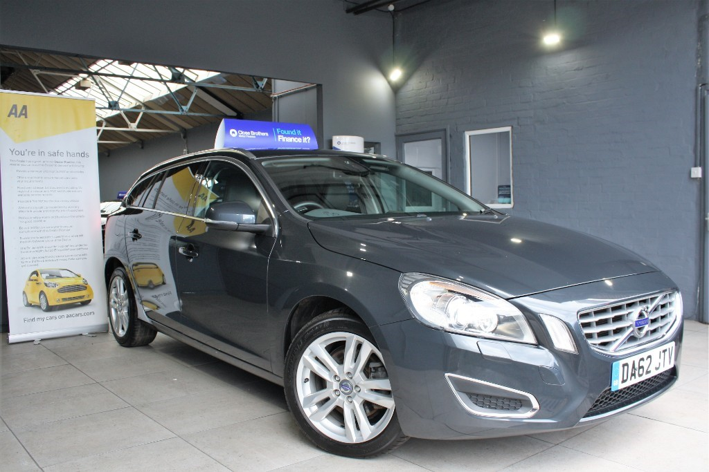 used Volvo V60 D4 SE LUX in staffordshire