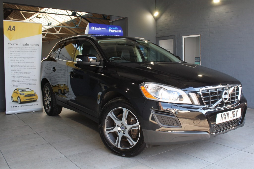 used Volvo XC60 D5 SE LUX AWD in staffordshire
