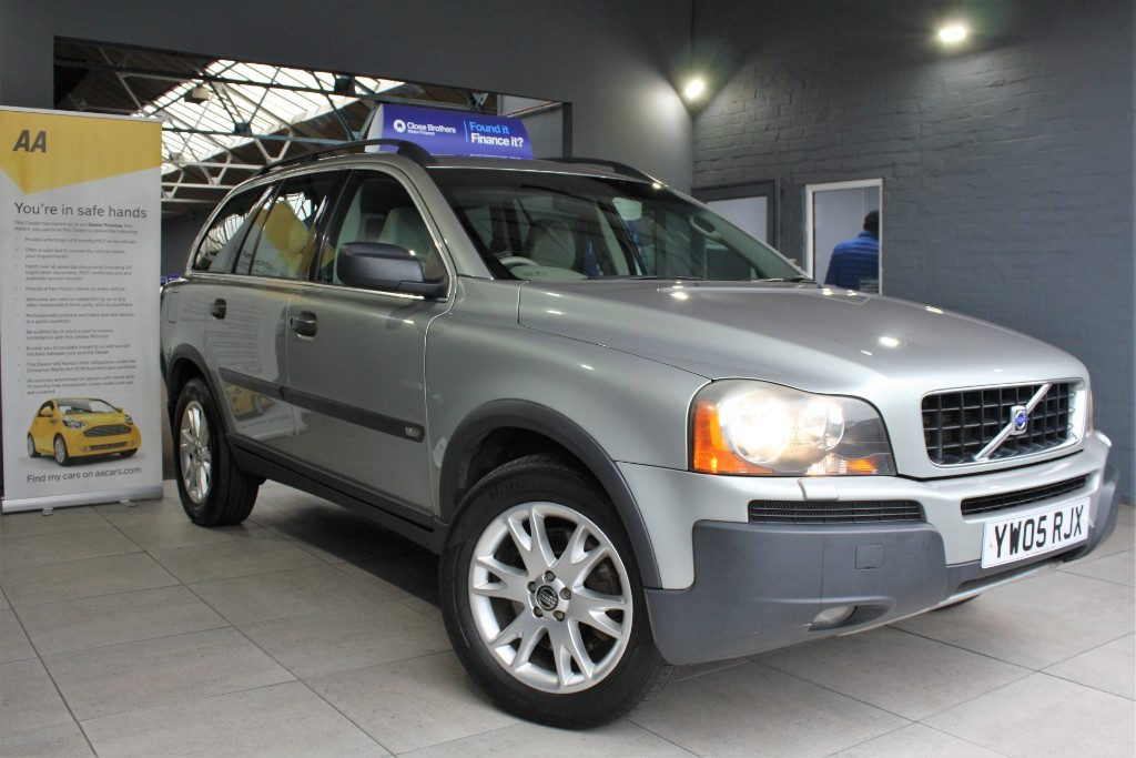 used Volvo XC90 D5 SE in staffordshire