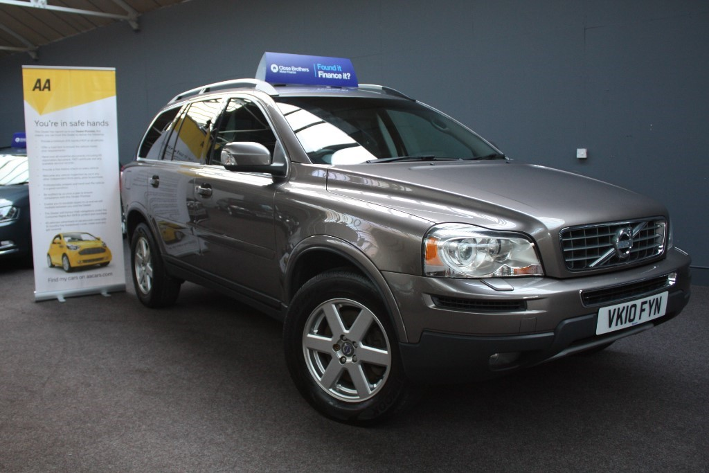 used Volvo XC90 D5 ACTIVE AWD in staffordshire