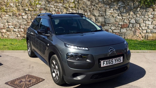 used Citroen C4 Cactus BlueHDi Feel Hatchback 5dr Manual (87 g/km, 99 bhp) in chapel-en-le-frith