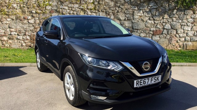 used Nissan Qashqai DIG-T Acenta SUV 5dr Manual (129 g/km, 113 bhp) in chapel-en-le-frith
