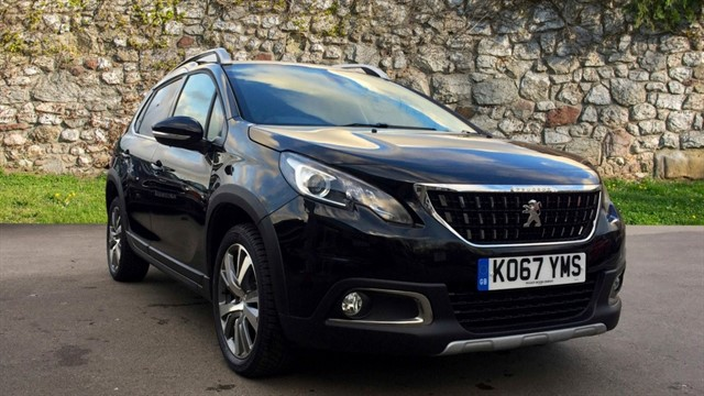 used Peugeot 2008 BlueHDi Allure Premium 5dr in chapel-en-le-frith