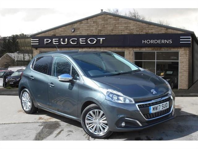 used Peugeot 208 PureTech (82bhp) Allure in chapel-en-le-frith