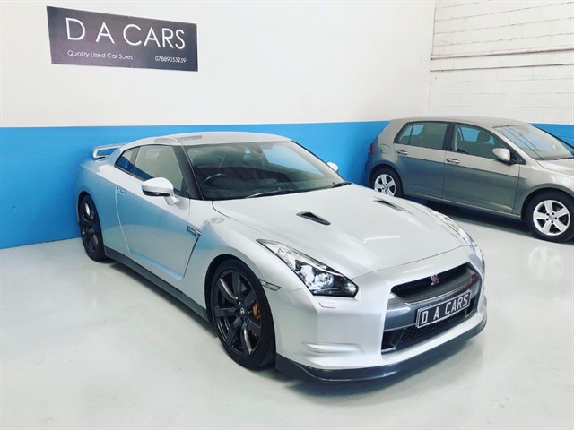 used Nissan GT-R BLACK EDITION in andover-hampshire