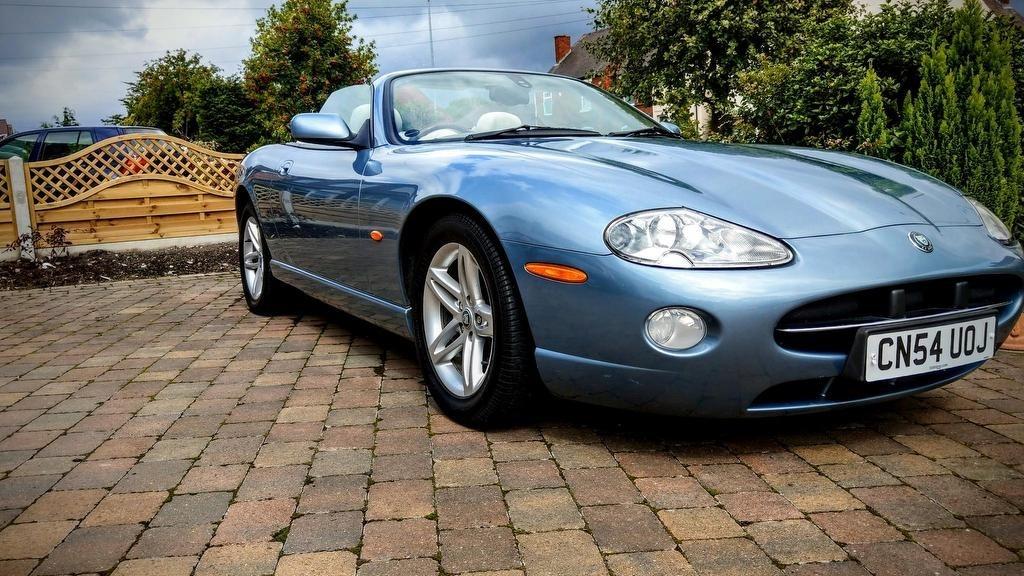 used Jaguar XK8 2dr
