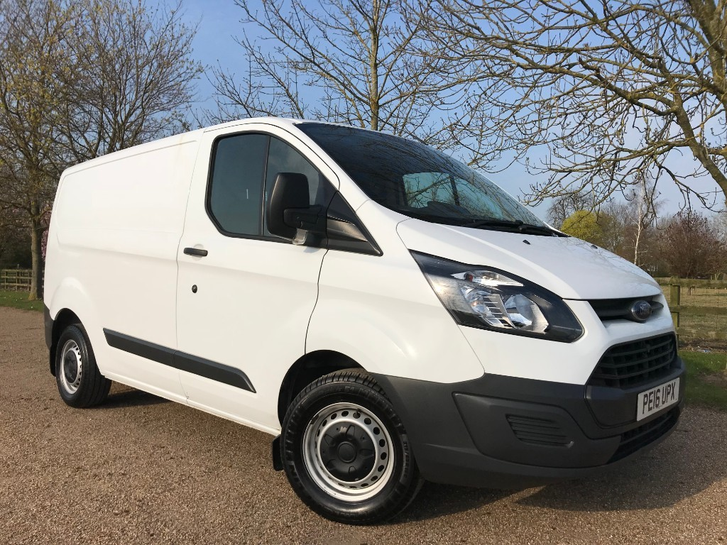 used Ford Transit Custom 270 LR P/V in essex