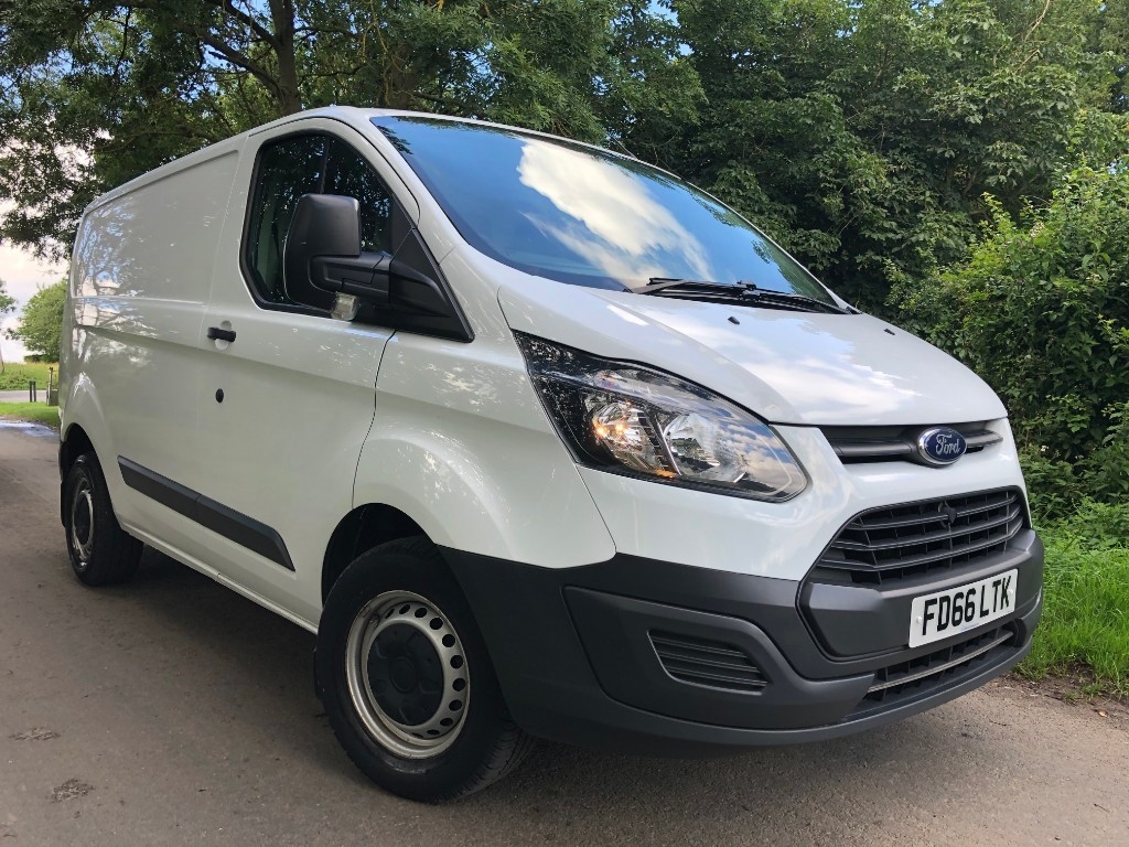 used Ford Transit Custom 290 LR P/V in essex