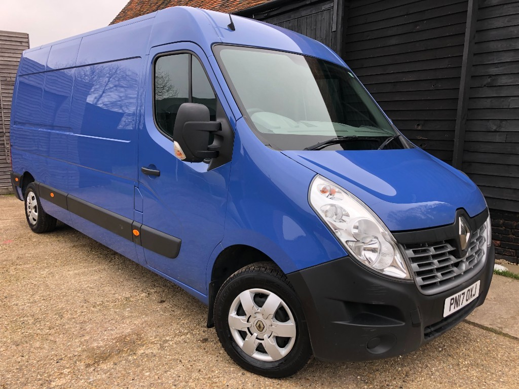used Renault Master LM35 BUSINESS PLUS ENERGY DCI in essex