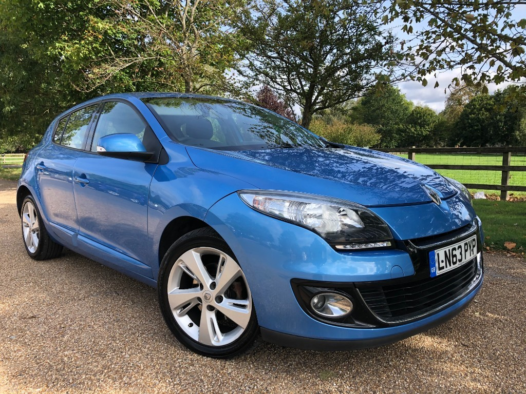 used Renault Megane DYNAMIQUE TOMTOM DCI EDC in essex