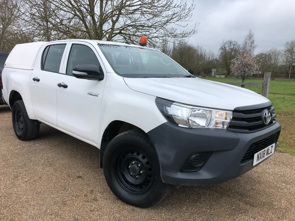 used Toyota Hilux ACTIVE 4WD D-4D DCB in essex