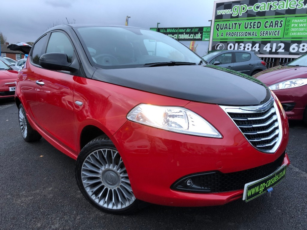used Chrysler Ypsilon BLACK AND RED in west-midlands