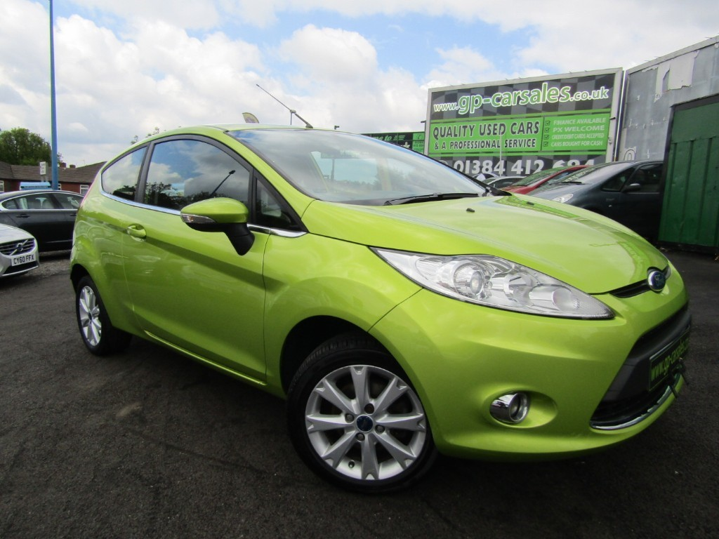 used Ford Fiesta ZETEC in west-midlands