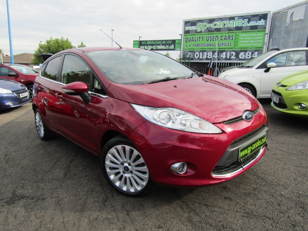 used Ford Fiesta TITANIUM TDCI in west-midlands