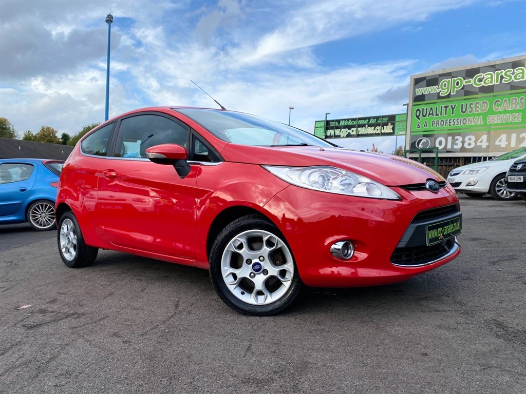 used Ford Fiesta 1.25 Zetec in west-midlands
