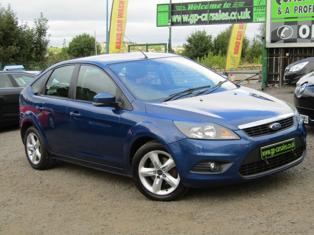 used Ford Focus ZETEC in west-midlands