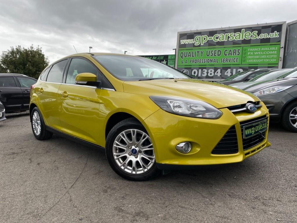 used Ford Focus TITANIUM in west-midlands