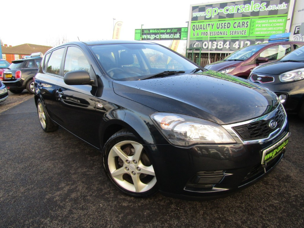 used Kia Ceed 1 in west-midlands