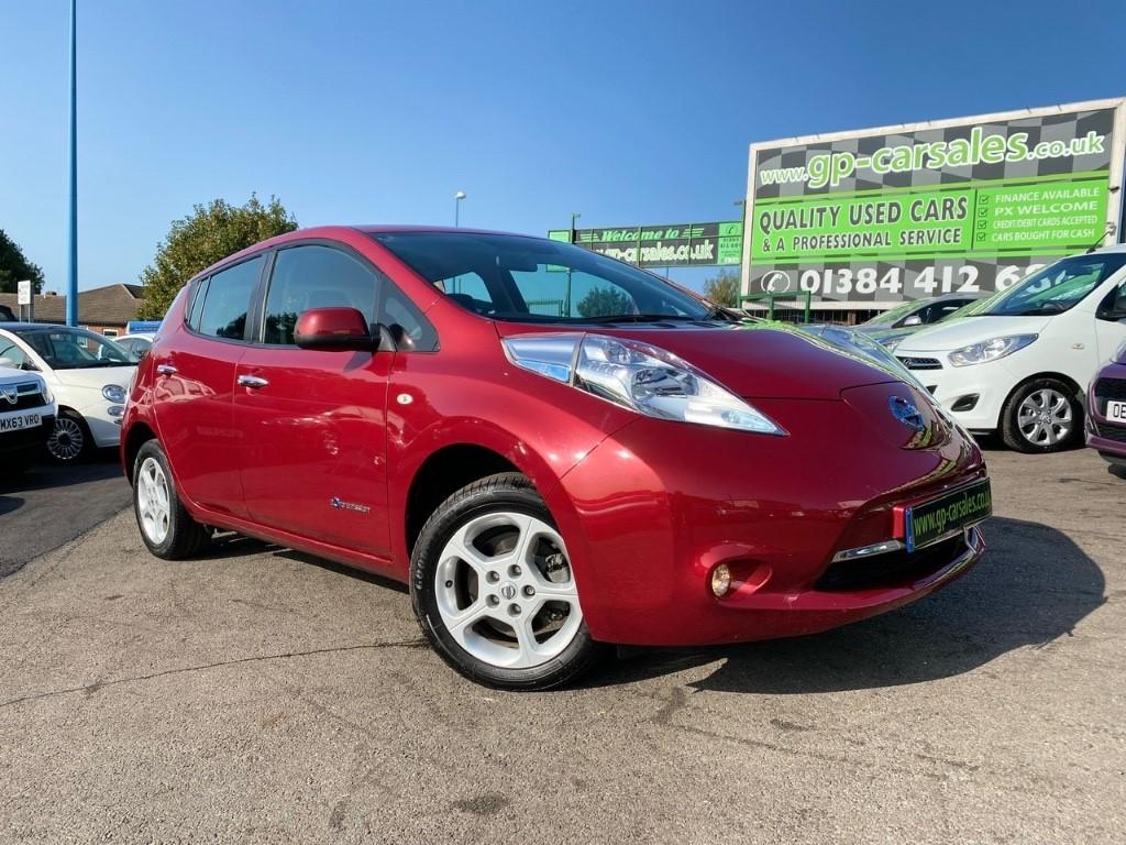 used Nissan Leaf ACENTA in west-midlands