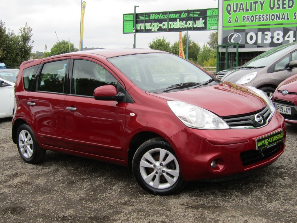 used Nissan Note ACENTA in west-midlands